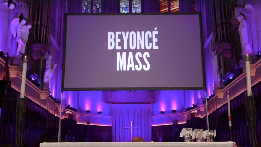 California Episcopal Church Holds 'Beyoncé Mass' Where Hundreds 'Worship' With HerSongs!