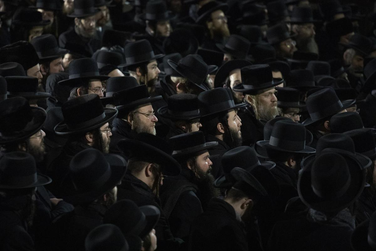 Man Arrested After Five People Stabbed at Hanukkah Celebration in NewYork
