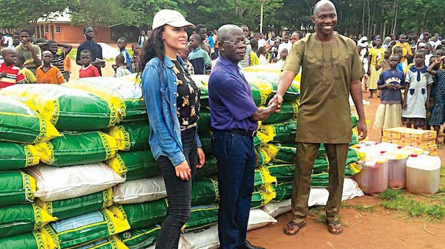 Pastor-Solomon-with-Oshiomhole-and-his-wife